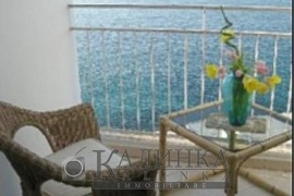 Apartment on the fifth floor with exceptional views over the Mediterranean Sea