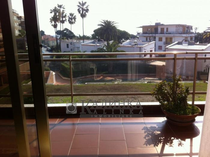 Appartment close to the seaside with a sea view