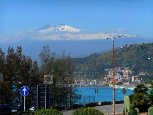 New apartments with different plans in Taormina