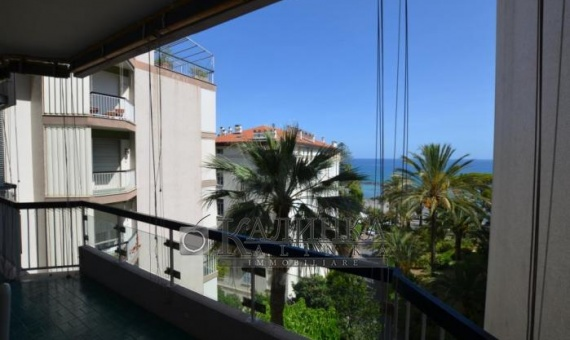 The apartmen in the center of Sanremo with the see view