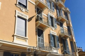 Exclusive apartment in the center of Sanremo with nice sea view