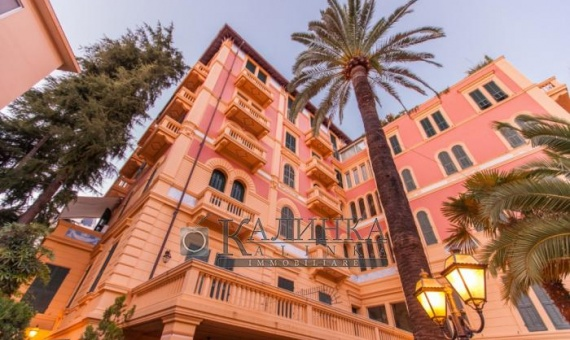 Luxury apartment in the center of Sanremo